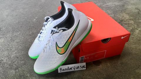 Sepatu Futsal NIKE MAGISTA ONDA IC Shine Throgh White Poison green Original 24dccecc82