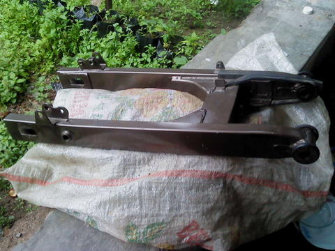 swing arm honda tiger2000 warna titanium,area klaten