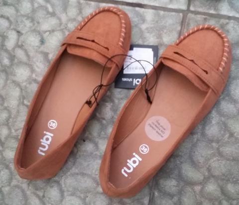 [sell] Flat shoes cotton on