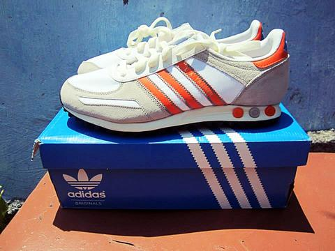 adidas la trainer orange monochrome size complete