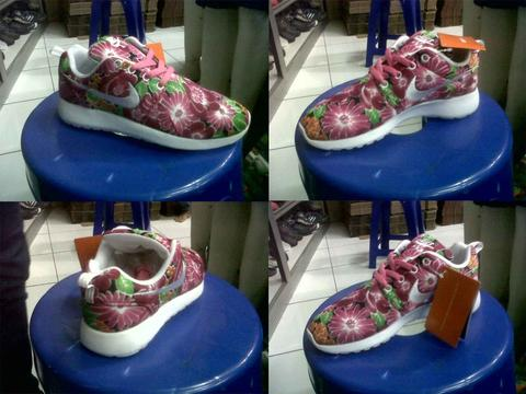 Sepatu Running Adidas & Nike (Roshe flower, Air Max, Vespa) GOOD QUALITY
