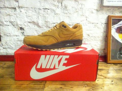 "NIKE AIR MAX 1 QS ""WHEAT"" - FLAX COLLECTION"