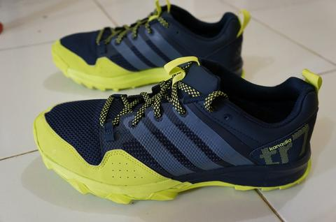 Adidas Kanadia TR7 dan Asics Gel Fuji Freeze goretex. Original buat Trail Running!