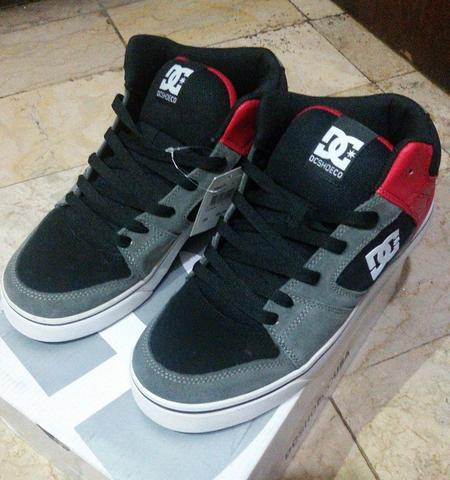 Sepatu DC shoes / DCshoes Patrol warna BLack Grey Red 42 / 43 murah ori