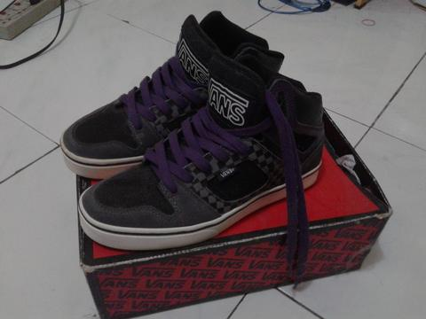 (WTS)VANS ALRED SZ 44 BNIB