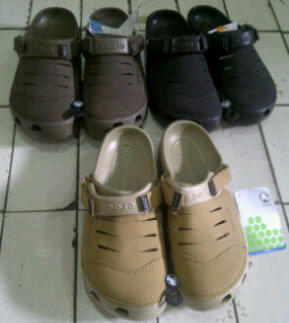 "SALE CROCS ORIGINAL FREE ONGKIR"" SANDAL&SEPATU FOR MEN CANVAS/CROCSLITE/LEATHER"