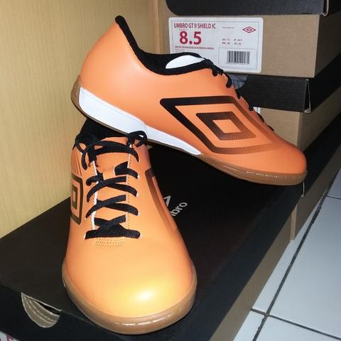 UMBRO FUTSAL GT II SHIELD IC