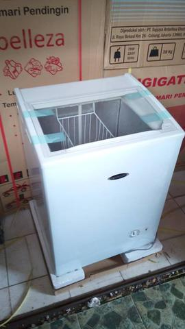 CHEST FREEZER ES CREAM 120LITER TUTUP KACA SLEDING