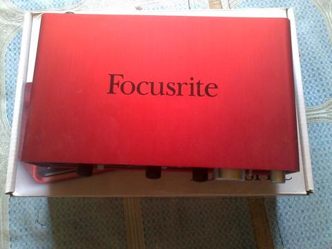 Audio Interface Focusrite Scarlett 2i4