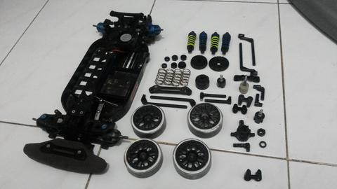 Tamiya TT01 Drift, Touring Kit. Pensiun