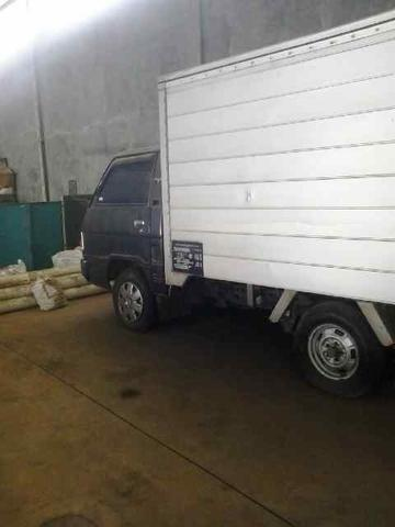 Mobil Box Mitsubishi L300 th2005