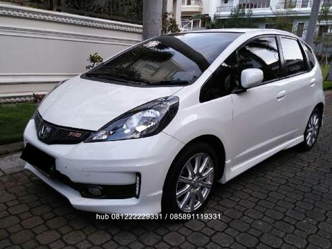 Jazz rs 2013 putih at model facelift terakhir km 29rb