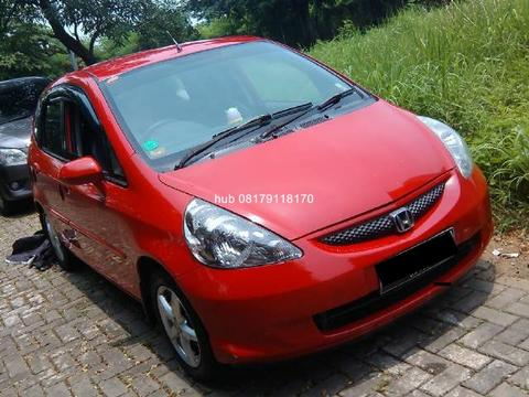 Honda jazz Manual 2005 akhir type Idsi warna merah