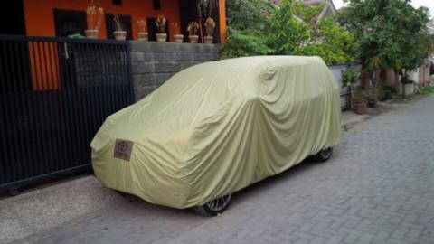 Selimut Mobil Premium Outdoor / Auto Car Body Cover For Outdoor Use