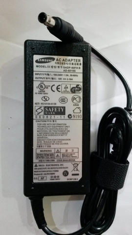 Adaptor Original Samsung 19V 3.16A Pin Central