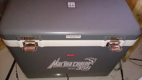 Cooler Box 35 liter, Cool Box Big Marina 99,9% (Bandung)