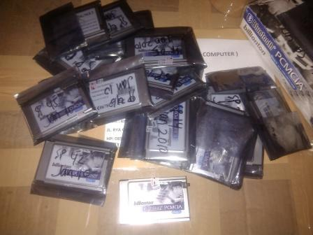 for sale : BILLIONTON BLUETOOTH PCMCIA ( class 1 up to100m ) 30 biji new stock lama