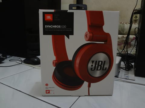 Headphone JBL Synchros E30 Red...BNOB...not Beat,Bose,Sony