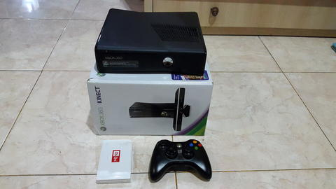 XBOX 360 RGH SLIM 4GB + HDD 500 GB FULL GAMES (not ps3, ps4, Xbox one)