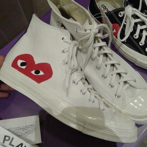 [WTS] Converse X Play CDG Comme Des Garcons