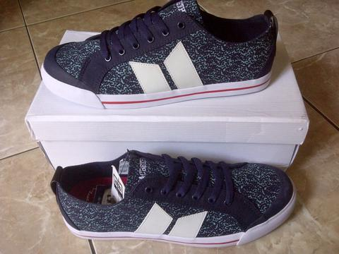(Bandung) Macbeth Eliot Midnight / White Vegan (Murah)
