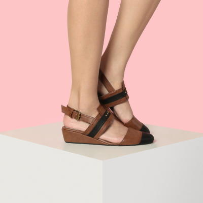 sepatu iwearup ( up shoes )