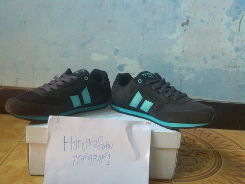 Macbeth Fischer Dark Grey Sea Foam spring 2015 murmer sz 43 fit 42