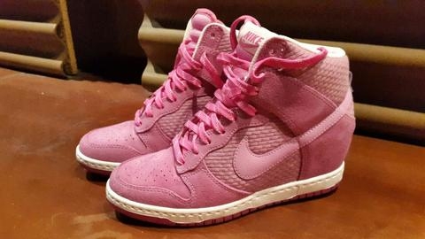 Women Nike Shoes (WMNS) Dunk Sky Hi Essential