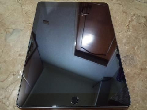 WTS>>>> IPAD AIR 2 space grey wifi cell 16GB