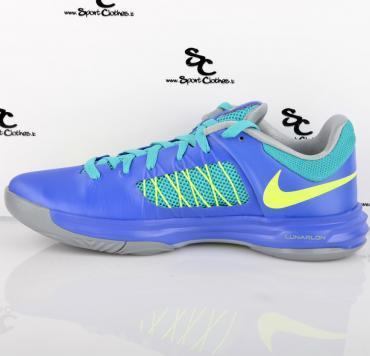 sneakers for cheap 06b0c c52e7 Nike HyperDunk 2012 Low Violet