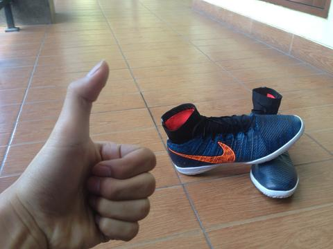 Nike Elastico Superfly Blue Lagoon Bosnia. Like New, korban penipuan