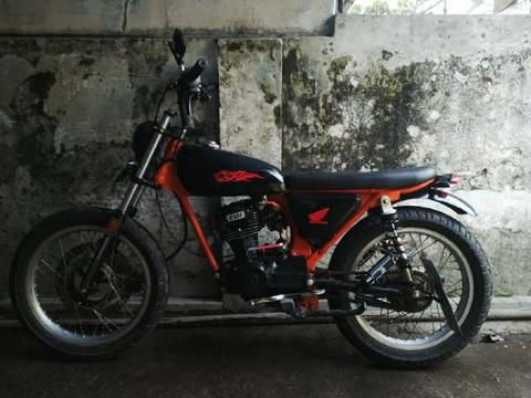 Motor GL 125 ,88,modif ala Deus ex machina