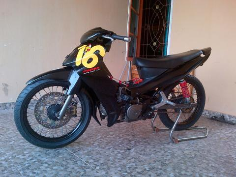 Motor balap Road race jupiter z