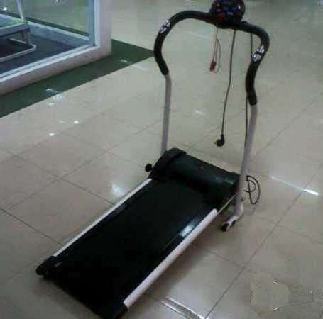 Treadmill Elektrik Excider Walking