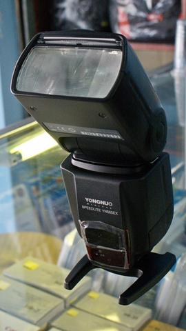 Flash Yongnuo YN 565EX TTL for Canon and Nikon