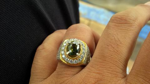 natural Green Saphire with Ring Silver 925 microsett