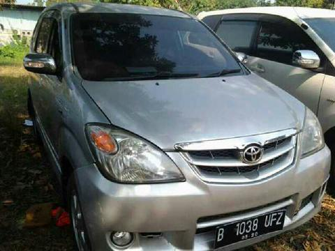AVANZA G 1.3 Manual Th2010 Silver Metalik