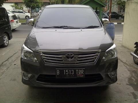 WTS GRAND INNOVA 2012/2011 ABU METALIK M/T LOW KM, AND GOOD CONDITION !!!