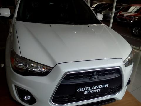 Promo GIIAS & Discount sampe DEALL Khusus Outlander All Type
