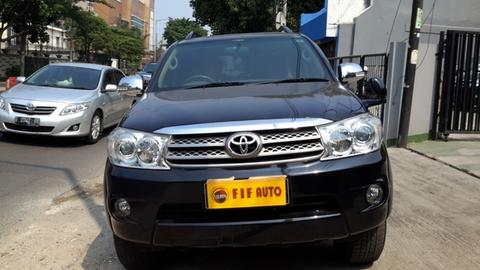 toyota fortuner 2.5 g at diesel 2011 hitam metalik