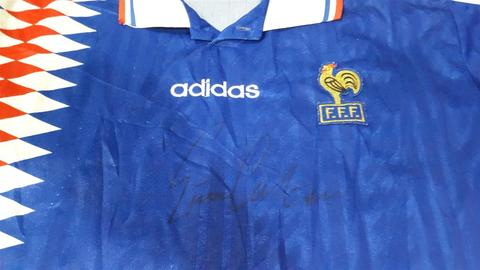Jersey Bola Original France Home 94 size L Signed by Eric Cantona ONLY 300RIBU!!!
