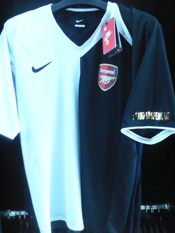 JERSEY ANTI RASIS ARSENAL RETRO KLASIK LIMITED