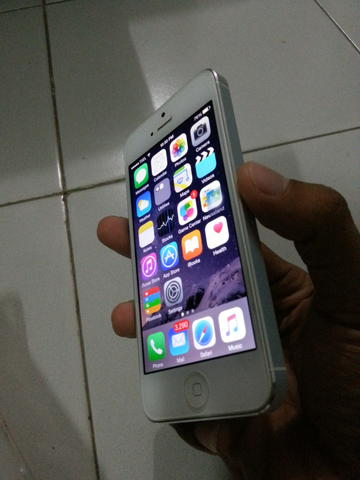 Iphone 5 White 32Gb Mulus like new