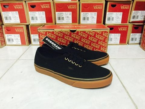 READY STOCK LIMITED VANS AUTHENTIC GUM SOLE ORIGINAL BNIB