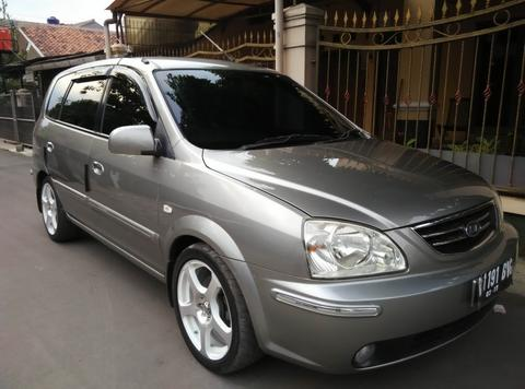 Kia Carens 2006 Mt Low Km