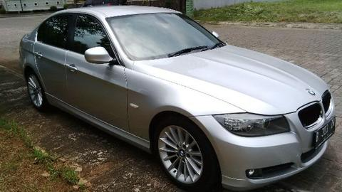 BMW 320i Executive edition th 2012