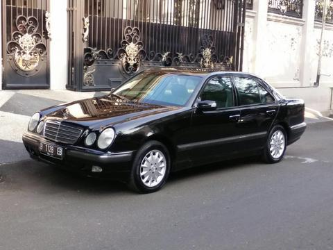 FOR SALE!! COLLECTOR EDITION!! mobil hoby tipe W210
