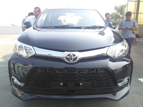 GRAND NEW AVANZA Dp 9 jutaan mau ???