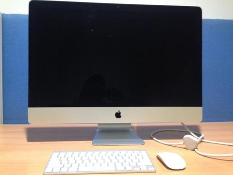 Imac MD 095ZA 27 inch 2012 like new complete in box