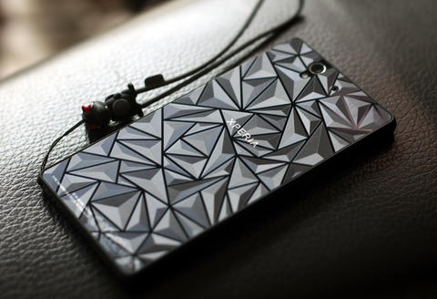 [IPHUNKZ] 3D DIAMOND & CARBON ANTIGORES XPERIA Z SERIES & IPHONE SERIES